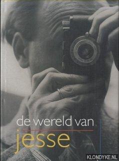 BECKMANN, HERMAN - De wereld van Jesse. Fotografie Ameide - Tienhoven 1945-1955